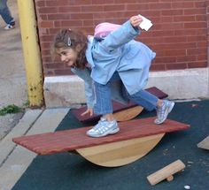 This looks like so much fun!  What a unique craft to bring to the Honeycraft Market on Feb 2nd.  Balance Boards and Beams makes fun wood beams, block and boards.  Can't wait to try it out this weekend!  #Honeycraft Indie Craft Market