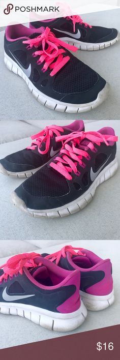 Girls NIKE FREE 5.0 SHOES BLACK PINK SNEAKERS RUN Girls NIKE FREE 5.0 run sneakers. Breathable fabric, light weight soles, neon pink laces. Sz 4Y (913) Nike Shoes Sneakers