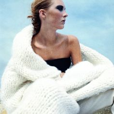 """Nfm (@newfacefashionmag) posted on Instagram: """"SWEATER WEATHER ⠀⠀⠀⠀⠀⠀⠀⠀⠀ ⠀⠀⠀⠀⠀⠀⠀⠀⠀ Maggie Rizer jn Harper's Bazaar USA, November 1998⠀⠀⠀⠀⠀⠀⠀⠀⠀ Photographer: Patrick Demarchelier⠀⠀⠀⠀⠀⠀⠀⠀⠀…"""" • Aug 5, 2021 at 3:00pm UTC"""