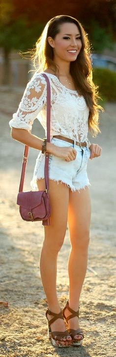 Zeliha's Blog: Denim Shorts With Top White Lace