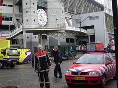 Bev bij oefening Bonfire in het ajax  stadion 2005