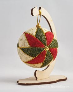 Items similar to White red green colorful fabric ornament Multicolor new year decor Quilting decorative holiday ball kimekomi Christmas star patchwork circle on Etsy Quilted Christmas Ornaments, Fabric Ornaments, Christmas Balls, Christmas Crafts, Christmas Star, Christmas Stall Ideas, Christmas Tree Decorations, Fabric Balls, Homemade Christmas Gifts