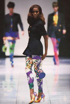 Gianni Versace Fashion Show & more details