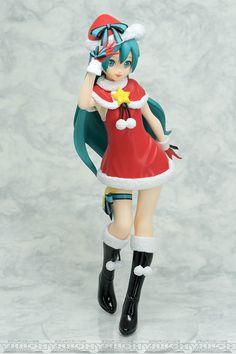 33.68$  Buy here - https://alitems.com/g/1e8d114494b01f4c715516525dc3e8/?i=5&ulp=https%3A%2F%2Fwww.aliexpress.com%2Fitem%2FSEGA-vocaloid-Japanese-original-anime-figure-Hatsune-Miku-Christman-ver-action-figure-collectible-model-toys-for%2F32788363677.html - SEGA vocaloid Japanese original anime figure Hatsune Miku Christman ver action figure collectible model toys for boys
