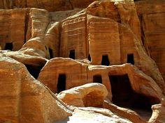 Bilderesultat for caves jordan home
