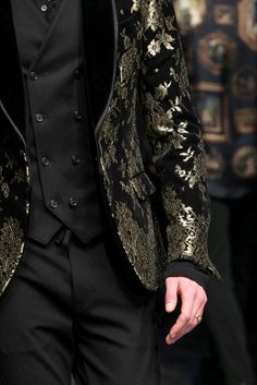 Dolce & Gabbana Fall 2015 Menswear Fashion Show Jace Lightwood, The Grisha Trilogy, Fashion Show, Mens Fashion, Milan Fashion, Fashion Black, Fashion Outfits, Look Man, Rhysand