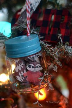 Tiny Jar Christmas O