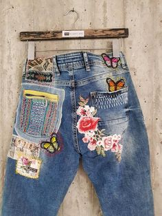 Women S Fashion Kingston Painted Jeans, Painted Clothes, Hand Painted, Vintage Jeans, Redone Jeans, Patchwork Jeans, Embellished Jeans, Clothing Patches, Diy Bags