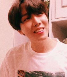 """jung hoseok, the boyfriend you'll never have: a thread"" Jimin, Bts Bangtan Boy, Jung Hoseok, Yoongi, Namjoon, Taehyung, Jung So Min, K Pop, Jikook"