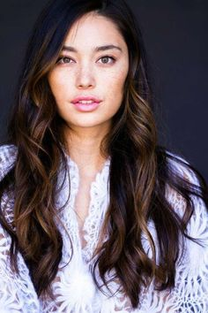 It's the perfect way to lighten dark hair without the commitment of regular hair coloring. Here are some of the best looks for balayage on dark brown hair.