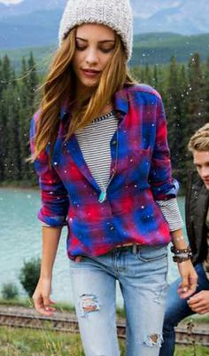 Love the stripes underneath plaid Cute Fall Outfits, Warm Outfits, Cool Outfits, Passion For Fashion, Love Fashion, Fasion, Fashion Outfits, Wander Woman, Autumn Winter Fashion