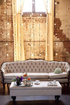 Top 16 Homemade Decor Ideas With String Light – Easy DIY Interior Design Project Diy Interior, Interior Decorating, Interior Design, Decorating Ideas, Cozy Living Rooms, Home Living, Living Room Decor, Dining Room, Industrial Chic Decor
