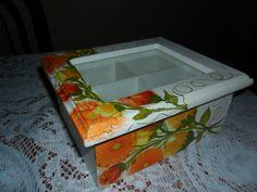 Caja de te de mi autoria Sweet Box, Decoupage Art, Tea Box, Decorative Boxes, Crafts, Diy, Country, Home Decor, Craftsman Deck Boxes