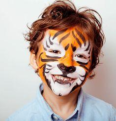 halloween face mask make-up children tiger - Schminken - halloween schminke Non Toxic Halloween Makeup, Halloween Face Makeup, Tiger Halloween, Halloween Make Up, Halloween Ideas, Halloween Costumes, Tiger Makeup, Face Painting Tutorials, Painting Templates