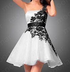 Menyasszonyi ruha, szalagavató ruha 34- 44-es konfekcióméretekben, szállítás 4-6 hét expressz szállítás 2-3 hét