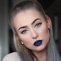 """""""Check out my blog for product list ✨ modette.se/evelinaforsell"""""""