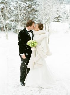 ~ we ❤ this!  moncheribridals.com ~ #winterwedding