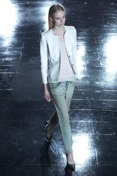 Theyskens' Theory Resort 2013 Fashion Show - Quirine Engel