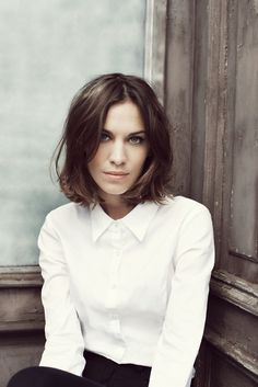 Alexa Chung. may cut my hair like this in a few years if i pluck up the courage to chop.
