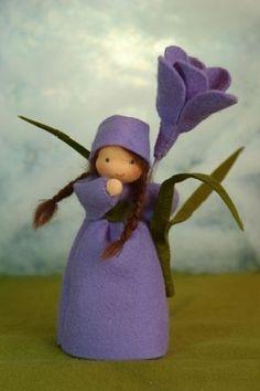 ACHTUNG!!! LIEFERZEITEN ZUR ZEIT 4-6 WOCHEN!! Handgefertigte Blumenkinder und Jahreszeitenfiguren für den Jahreszeitentisch. Größe (Püppch