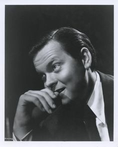 Orson Welles Posed in Coat and Tie Premium Art Print Hollywood Actor, Classic Hollywood, Old Hollywood, Carol Reed, The Third Man, Film Movie, Movies, Orson Welles, People Of Interest
