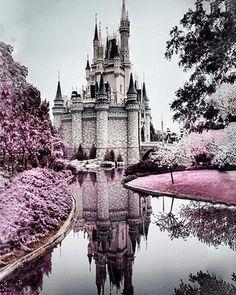 Buy Fairytale Castles Diamond Painting Kit at 30% Off Pretty Neat Creative Castle painting Cross paintings Diamond painting