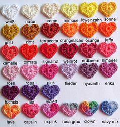 Häkelapplikationen - 6 kleine Herzen 2.5 cm gehäkelt Häkelblumen Herz - ein Designerstück von Ing-Indra bei DaWanda
