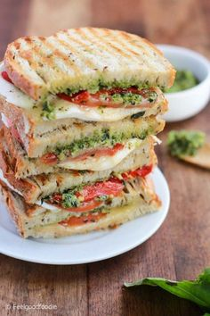 Homemade Grilled Mozzarella Sandwich with Walnut Pesto and Tomato that's easy to assemble and bursting with flavor - lunch never looked so good! | Pesto Sandwich | Mozzarella Sandwich | Italian Sandwich | #mozzarella #sandwich #pesto #cheese #feelgoodfood