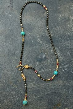 Lariat black flat onyx, ruby, turquoise and sapphire, 18k gold beads from Jaipur necklace