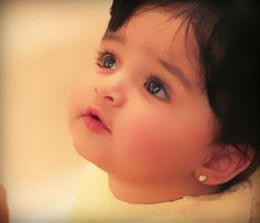 Cute Baby Boy Photos, Cute Baby Couple, Cute Kids Photos, Cute Little Baby Girl, Beautiful Baby Girl, Girl Baby Pic, Indian Baby Girl, Beautiful Kids, Muslim Baby Girl Names