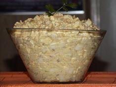 Coś dobrego dla miłośników ryżu i nie tylko ;) Mmmm... na dzisiejszą kolację w sam raz http://www.smaczny.pl/przepis,salatka_ryzowa_z_jablkiem_i_prazonym_slonecznikiem #przepisy #sałatki #ryż #słonecznik #jabłko #jajka #żółtyser #por #musztarda #jogurt: