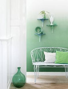 18. Gradation: This photo demonstrates gradation becasue the paint color changes from dark green to light green as it goes up the wall.