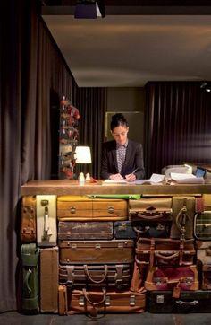 Стойка в хостеле / Арт-объекты / ВТОРАЯ УЛИЦА Lobby Reception, Reception Counter, Reception Desks, Reception Furniture, Barcelona Hotels, Barcelona Spain, Barcelona Travel, Barcelona City, Deco Restaurant