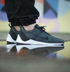 Nike Lunarestoa 2 SE: Cool Grey