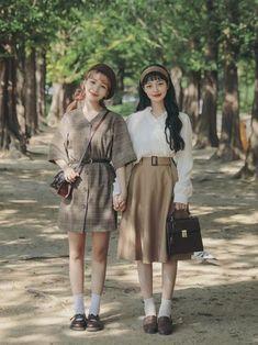 Summer Fashion Tips .Summer Fashion Tips Korean Girl Fashion, Korean Fashion Trends, Ulzzang Fashion, Korea Fashion, Asian Fashion, Look Fashion, New Fashion, Vintage Fashion, Fashion Outfits