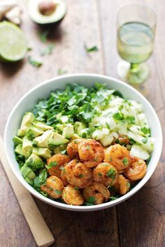 Shrimp and Avocado Salad with Miso Dressing - Pinch of Yum - This spicy shrimp and avocado salad has cucumbers, spinach, shrimp, and avocado with a creamy miso dressing. Shrimp and Avocado Salad with Miso Dressing – Pinch of Yum Seafood Recipes, Dinner Recipes, Cooking Recipes, Healthy Recipes, Shrimp And Spinach Recipes, Salad Recipes Healthy Lunch, Shrimp Salad Recipes, Avocado Recipes, Simple Recipes