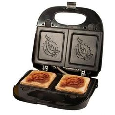 Milwaukee Brewers Sandwich and Waffle Grill Made by Pangea Brands Indianapolis Colts, Cincinnati Reds, Cleveland Browns, Panini Press, Mlb Teams, Sports Teams, Sports Logo, Waffle Iron, Milwaukee Brewers