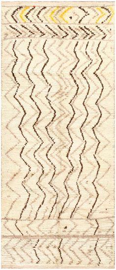 Tribal Mid Century Vintage Moroccan Rug 48395
