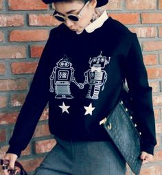 Robots In Love Sweater on Luulla