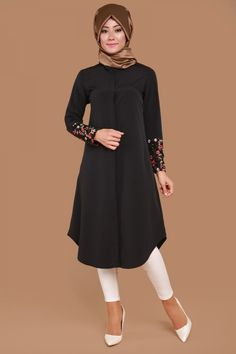 Manşet Dantel Detay Tunik Siyah Ürün kodu: UKB5006--> 59.90 TL