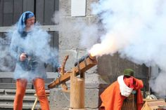 Shooting the replica of a small cannon dated to approx. 1400 AD on an living history event in Lich, Hessen, Germany.
