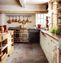 Cuisine, casseroles en cuivre