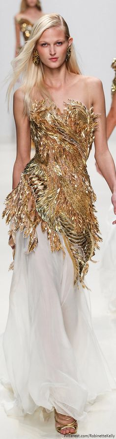 Love the white sheet bottom of this Valentin Yudashkin dress from their S/S 2014 colleciton #Metallic #Gown #gold #sheer #couture #fashion #heavymetal #beachglam