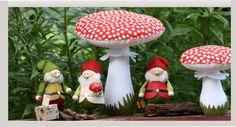 Christmas Ornaments, Holiday Decor, Home Decor, Lawn And Garden, Decoration Home, Room Decor, Christmas Jewelry, Christmas Decorations, Home Interior Design