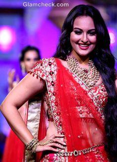 Jyotsna Tiwari Bridal collection at Aamby Valley India Bridal Fashion Week 2012 - click through to the blog to see the whole dress