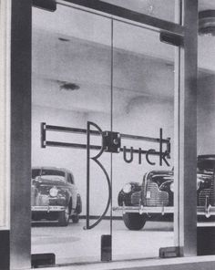 Buick showroom Pittsburgh, Pa. c1945. Vintage Cars, Vintage Photos, Retro Vintage, Vintage Auto, Buick Cars, Gas Station, Drag Racing, Cars And Motorcycles, Classic Cars