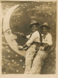 This has to be one of my favorite funny vintage photos!