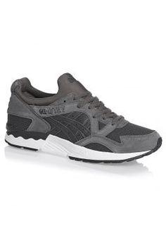 Asics Tiger Trainers - Asics Tiger Gel-lyte V Shoes  - Carbon/Dark Grey https://modasto.com/asics-tiger/erkek-ayakkabi/br34636ct82 #erkek
