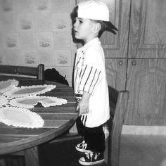 OMG!!! Look at baby Justin!!!