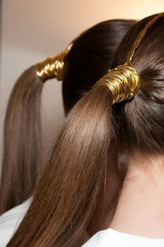 There is 0 tip to buy hair accessory, brunette, ponytail, prom beauty, gold. Ombré Hair, Her Hair, Wave Hair, My Hairstyle, Pretty Hairstyles, Ponytail Wrap, Hair Ponytail, Ponytail Hairstyles, Cornrow Ponytail
